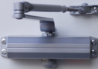 k-720-door-closer-for-doors-up-to-45-kg